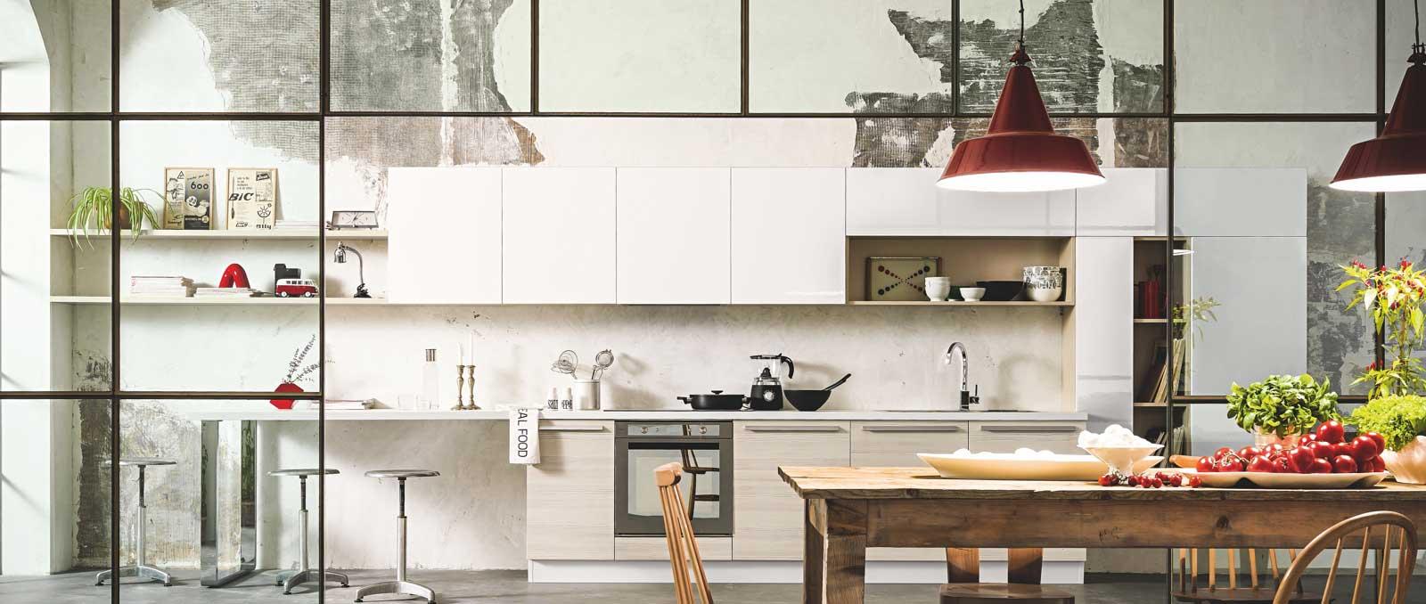 De style loft atelier cette cuisine est l'alliance entre les matières brutes et sophistiquées.